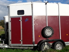 Ifor Williams trailer - fantastic condition!