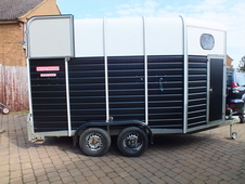 *SOLD* Wessex Treble 3 Horse Trailer