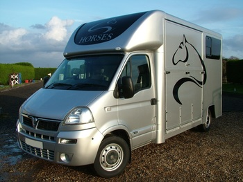 Trevett & Smith Renault Master 3.5 Ton Horsebox