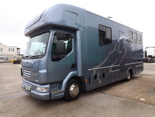 LEYLAND DAF LF 160 7.5 Ton AUTOMATIC TILT CAB 3 HORSE BOX 2009 WITH Full LIVING NEW BUILD (NO VAT)
