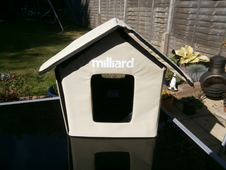 Outdoor heated cat/pet small dog house