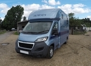 Trevett & Smith Boxer 3.5 t Horsebox