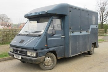 1993 Renault Master coach built by Wren.