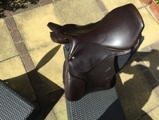 "Monarch 16. 5"" brown GP saddle - good condition"