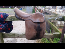 Fylde 17inch saddle