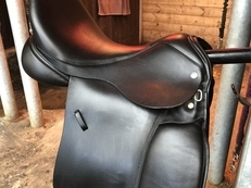 Immaculate 17.5' VSD saddle for sale