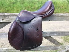 Nearly New Equipe pony jumping saddle