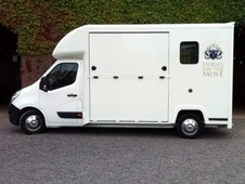 3. 5 ton horsebox for hire