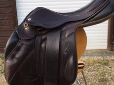Black Country Jumping Saddle