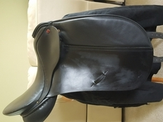 "Albion SL 17"" Wide Dressage Saddle"