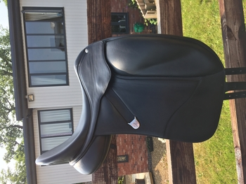 "17"" Black Luxe Leather Isabell Dressage saddle (blue gullet)"