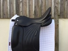 Albion Platinum Royale Dressage Saddle