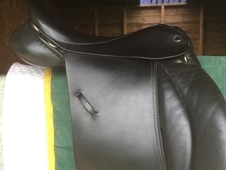 Immaculate Symonds Designer Saddle