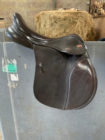 Kent & Masters saddle for sale