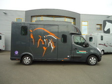 *Brand New Theault Proteo 5 Stud - on a New Renault Master*