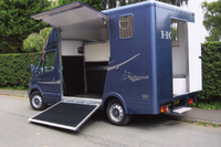 Marlborough Horseboxes Guide: Cob