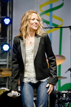 Sheryl Crow criticised for horse donation hypocrisy